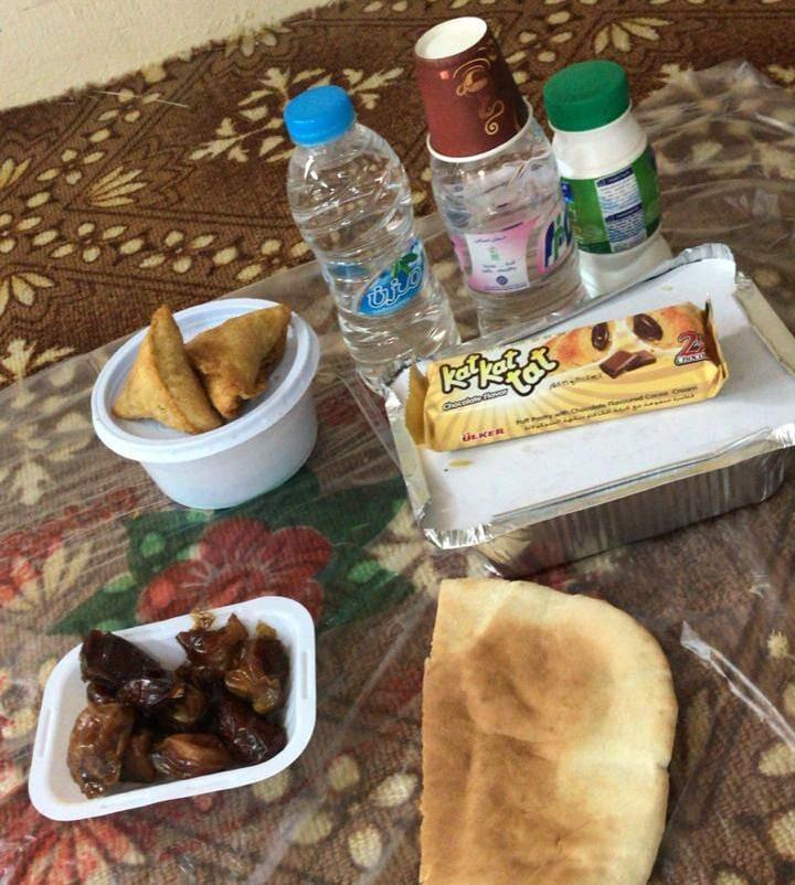 بر #بلجرشي 1500 وجبة يومياً على موائد #افطار_الصائمين ببلجرشي